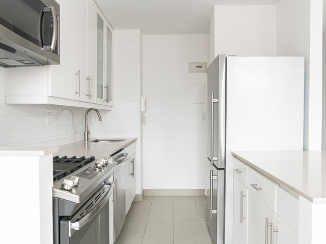 3 Bedrooms, Kips Bay Rental in NYC for $5,770 - Photo 1