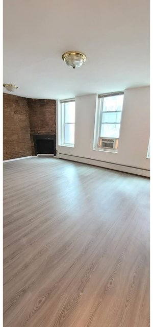 Studio, Theater District Rental in NYC for $1,800 - Photo 1