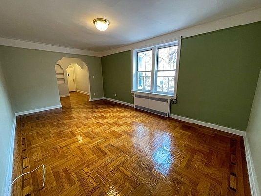 2 Bedrooms, Homecrest Rental in NYC for $2,200 - Photo 1