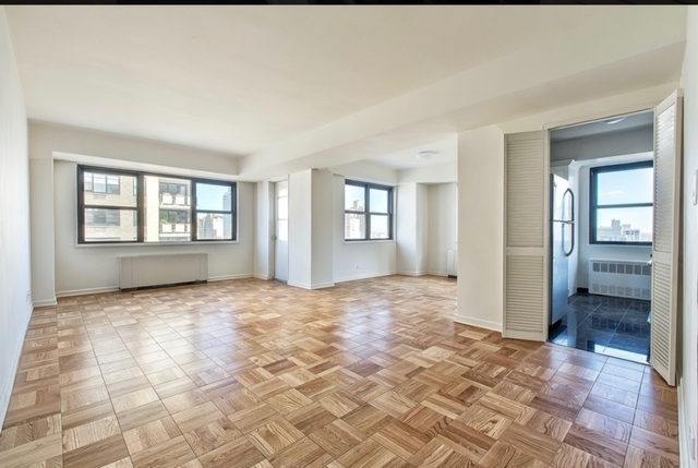 2 Bedrooms, Yorkville Rental in NYC for $5,833 - Photo 2