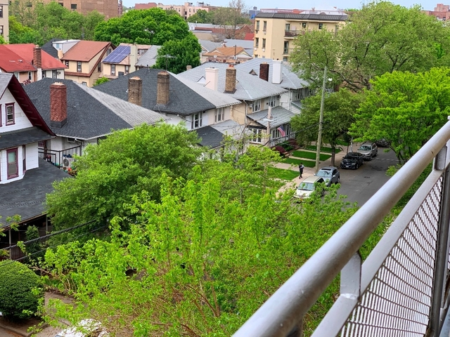 3 Bedrooms, Midwood Rental in NYC for $3,150 - Photo 2