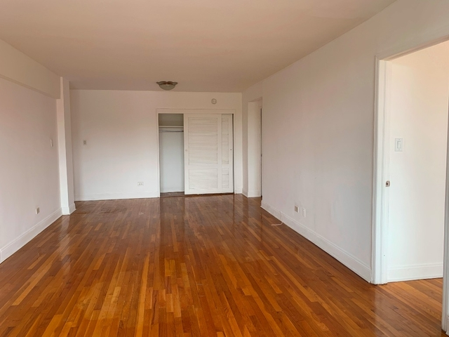 3 Bedrooms, Midwood Rental in NYC for $3,150 - Photo 1