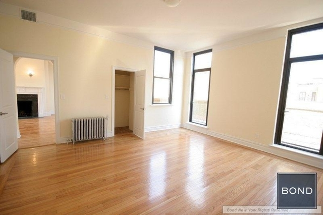2 Bedrooms, Upper East Side Rental in NYC for $15,350 - Photo 2