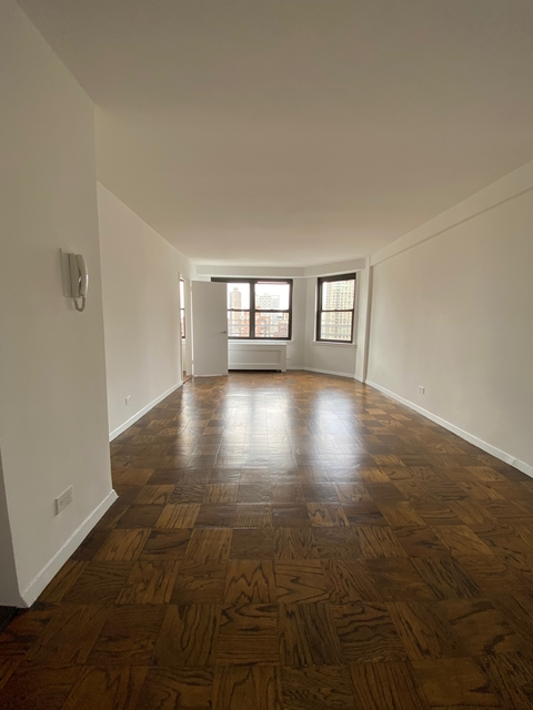 Studio, Yorkville Rental in NYC for $2,560 - Photo 1