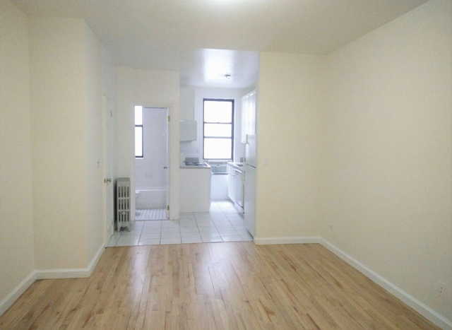 2 Bedrooms, Yorkville Rental in NYC for $2,928 - Photo 1