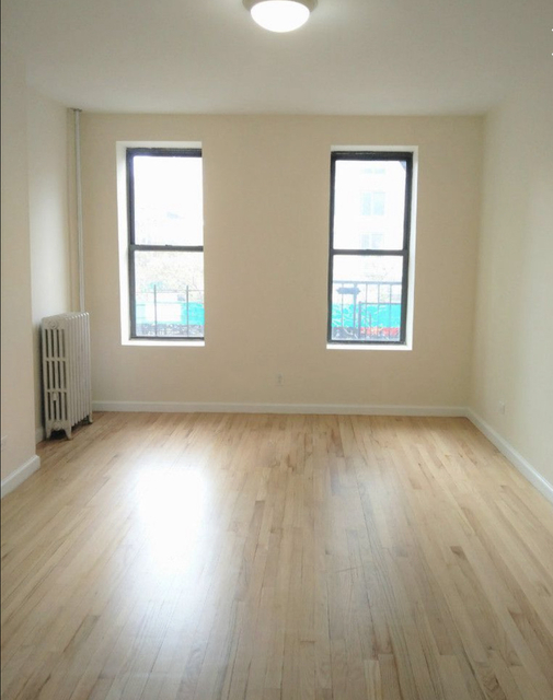 2 Bedrooms, Yorkville Rental in NYC for $2,928 - Photo 2