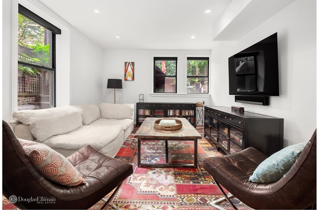 3 Bedrooms, Turtle Bay Rental in NYC for $11,000 - Photo 1
