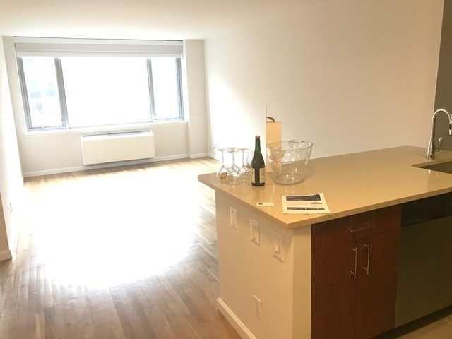 1 Bedroom, Chelsea Rental in NYC for $4,127 - Photo 1