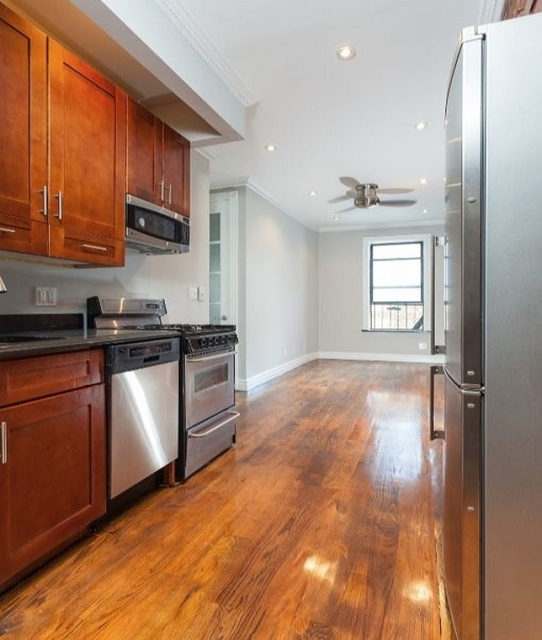 2 Bedrooms, NoLita Rental in NYC for $3,150 - Photo 2