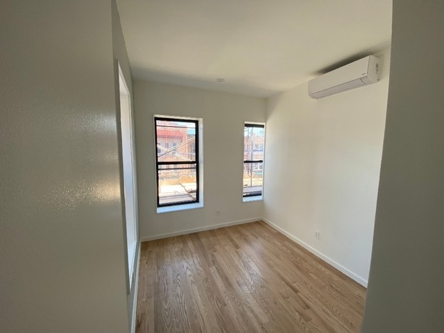 Room, Flatbush Rental in NYC for $875 - Photo 1