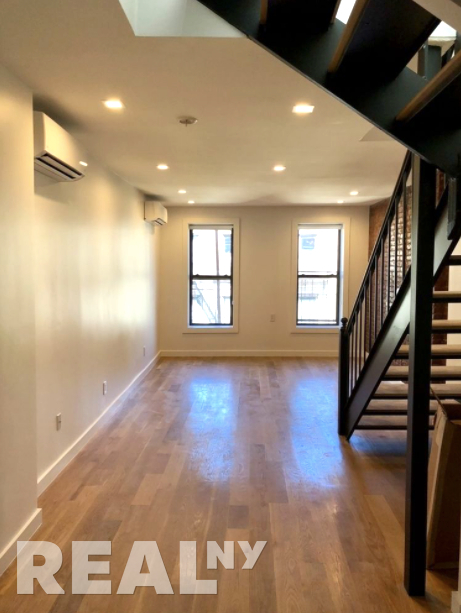 2 Bedrooms, SoHo Rental in NYC for $5,295 - Photo 1