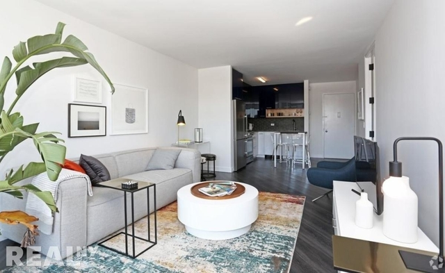 2 Bedrooms, Alphabet City Rental in NYC for $7,300 - Photo 2