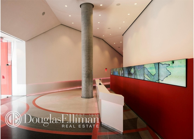 2 Bedrooms, Hell's Kitchen Rental in NYC for $7,494 - Photo 2