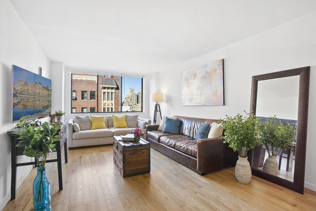 2 Bedrooms, Greenwich Village Rental in NYC for $6,000 - Photo 1