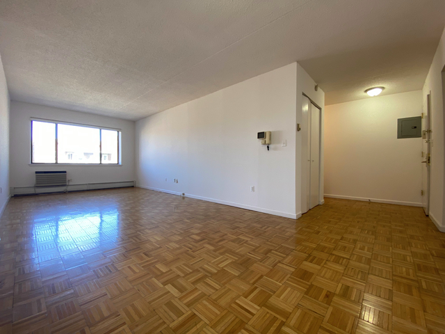 1 Bedroom, Flushing Rental in NYC for $1,632 - Photo 1