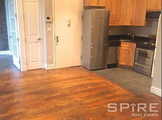 3 Bedrooms, West Village Rental in NYC for $5,795 - Photo 2