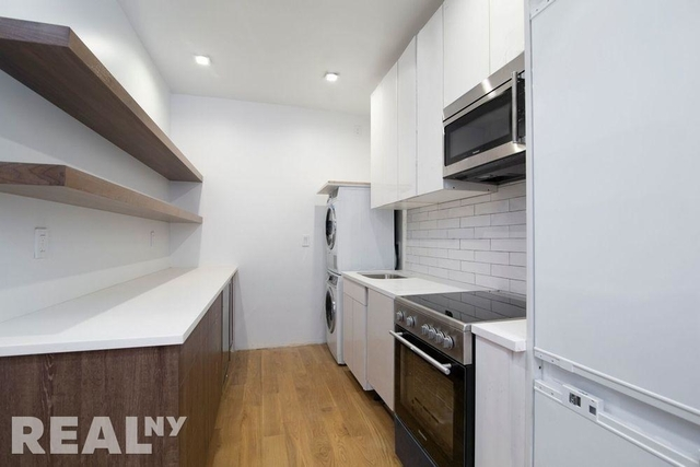 2 Bedrooms, SoHo Rental in NYC for $6,795 - Photo 1