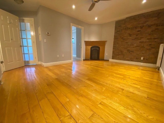 3 Bedrooms, East Village Rental in NYC for $5,995 - Photo 1