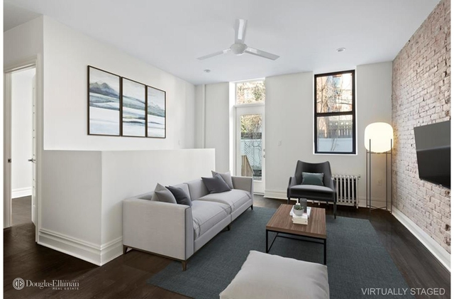 2 Bedrooms, Greenpoint Rental in NYC for $3,800 - Photo 1