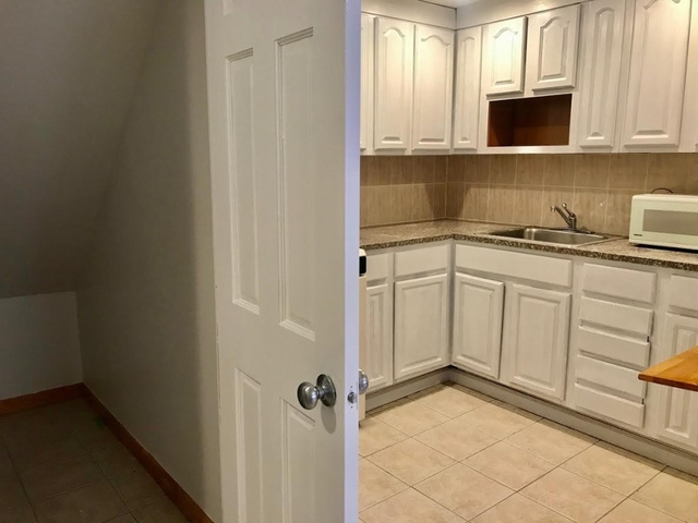 2 Bedrooms, Chinatown Rental in NYC for $2,275 - Photo 2