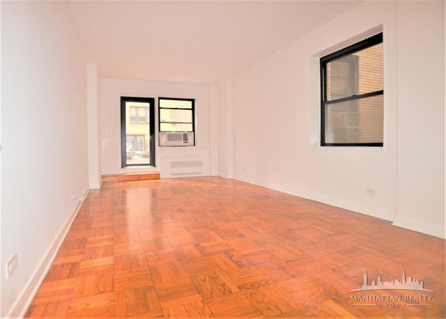 2 Bedrooms, Sutton Place Rental in NYC for $3,795 - Photo 1