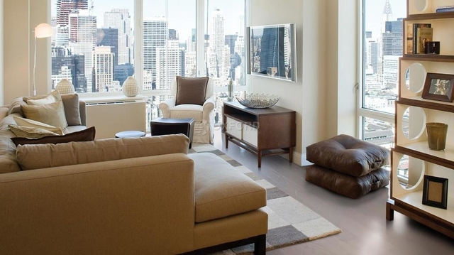 Studio, Chelsea Rental in NYC for $3,200 - Photo 1