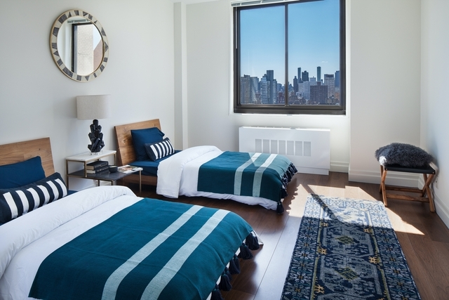 3 Bedrooms, Yorkville Rental in NYC for $10,500 - Photo 2