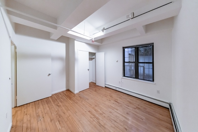 3 Bedrooms, Alphabet City Rental in NYC for $4,695 - Photo 2