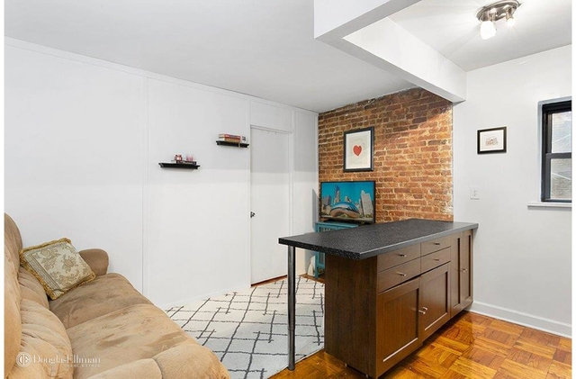 2 Bedrooms, Turtle Bay Rental in NYC for $2,895 - Photo 1