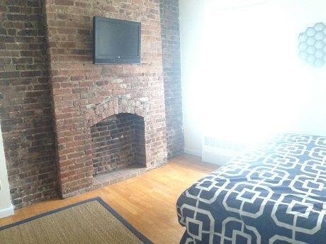 Studio, Lincoln Square Rental in NYC for $2,012 - Photo 2