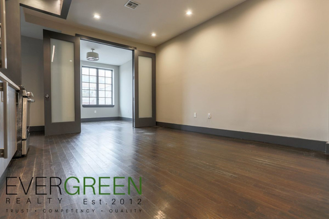3 Bedrooms, Bushwick Rental in NYC for $2,790 - Photo 2