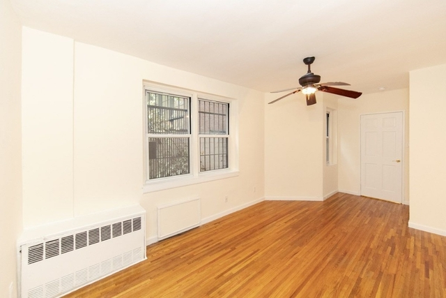 2 Bedrooms, Upper West Side Rental in NYC for $3,896 - Photo 2