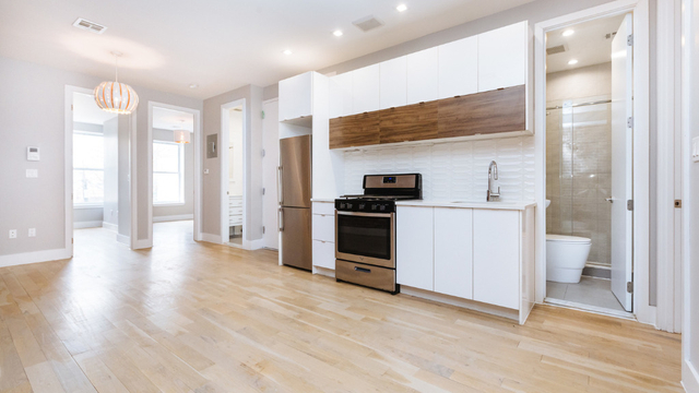 4 Bedrooms, Flatbush Rental in NYC for $2,690 - Photo 1