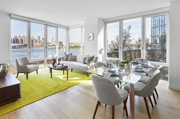2 Bedrooms, Astoria Rental in NYC for $3,880 - Photo 2