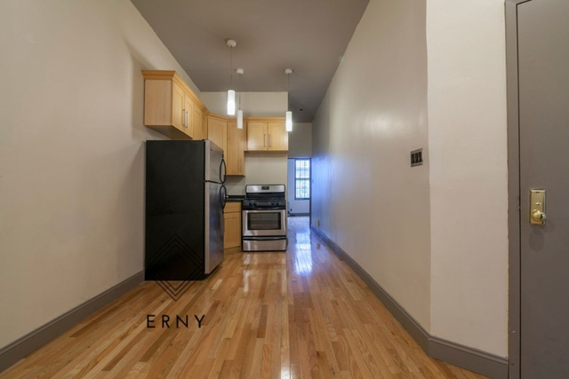 2 Bedrooms, Bushwick Rental in NYC for $2,495 - Photo 1
