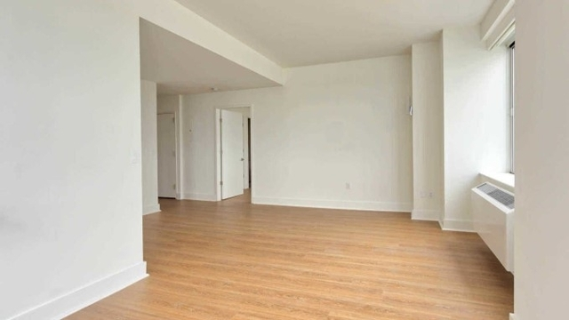 1 Bedroom, Lincoln Square Rental in NYC for $3,162 - Photo 2