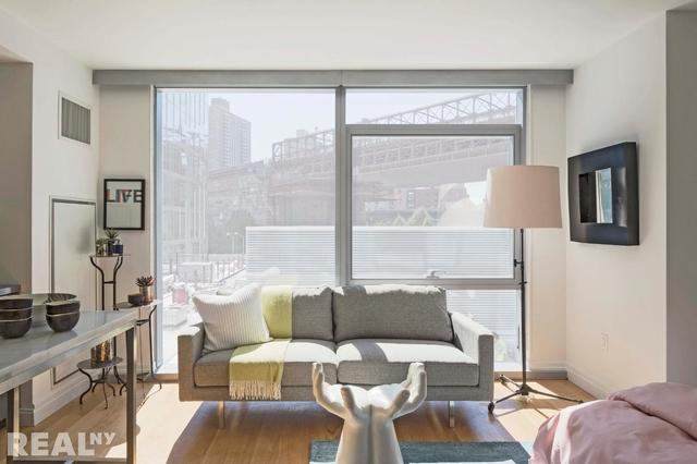 Studio, DUMBO Rental in NYC for $2,869 - Photo 1