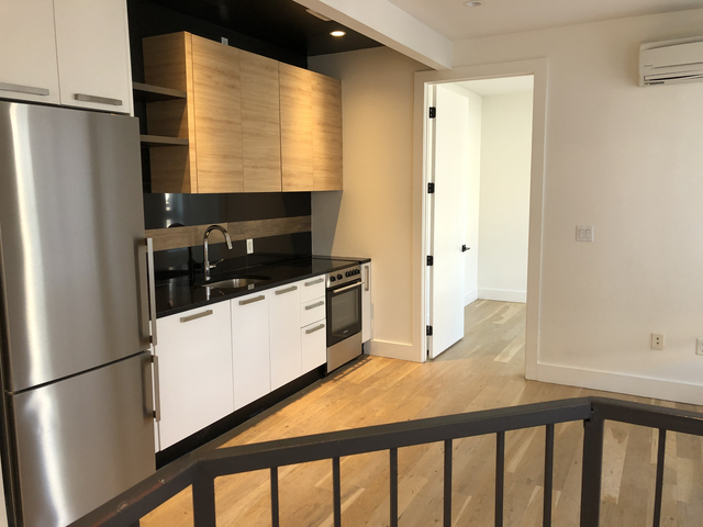 2 Bedrooms, East Williamsburg Rental in NYC for $4,125 - Photo 1