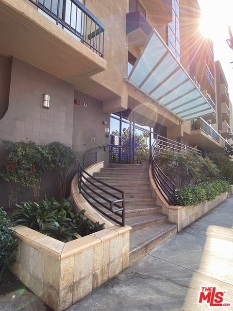 1 Bedroom, Hollywood Hills West Rental in Los Angeles, CA for $2,595 - Photo 1