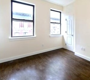 3 Bedrooms, Lenox Hill Rental in NYC for $5,500 - Photo 2