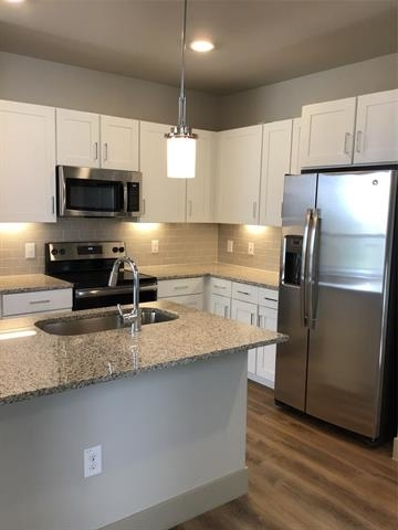 3 Bedrooms, Fort Worth Rental in Dallas for $2,475 - Photo 1