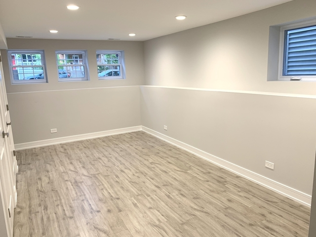 2 Bedrooms, Irving Park Rental in Chicago, IL for $1,950 - Photo 2