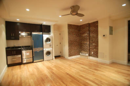 3 Bedrooms, West Village Rental in NYC for $5,695 - Photo 2