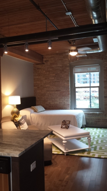 Studio, Streeterville Rental in Chicago, IL for $2,085 - Photo 1