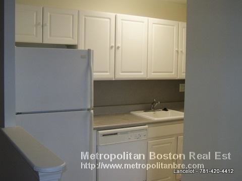 2 Bedrooms, Coolidge Corner Rental in Boston, MA for $3,650 - Photo 2