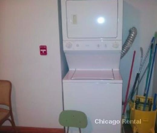 5 Bedrooms, Woodlawn Rental in Chicago, IL for $2,700 - Photo 2