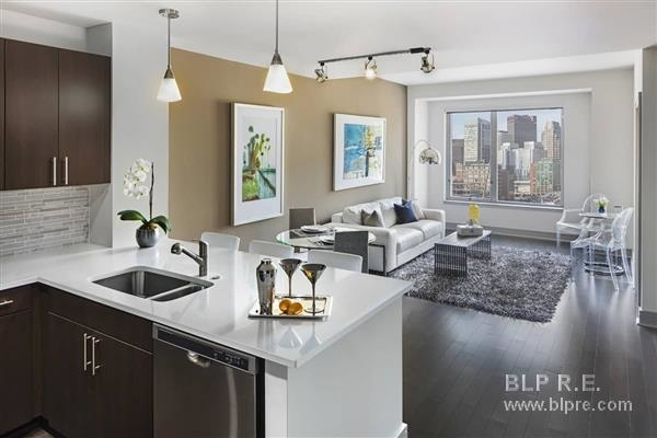 2 Bedrooms, Seaport District Rental in Boston, MA for $6,431 - Photo 2