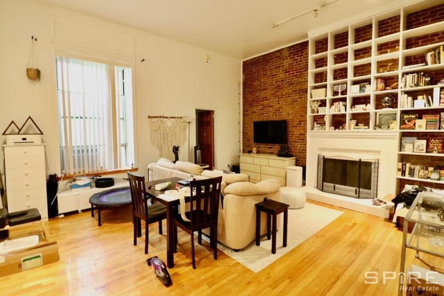Studio, Lincoln Square Rental in NYC for $3,350 - Photo 2