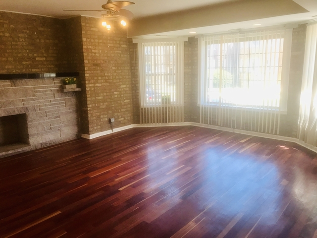 5 Bedrooms, South Shore Rental in Chicago, IL for $1,700 - Photo 2