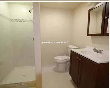 4 Bedrooms, Calumet Heights Rental in Chicago, IL for $1,750 - Photo 1